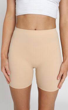Seamless Shaping Shorts - Light Control In Nude