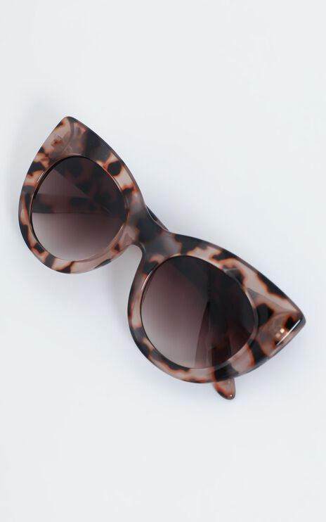 Reality Eyewear - Wild + Free Sunglasses in Blossom Turtle