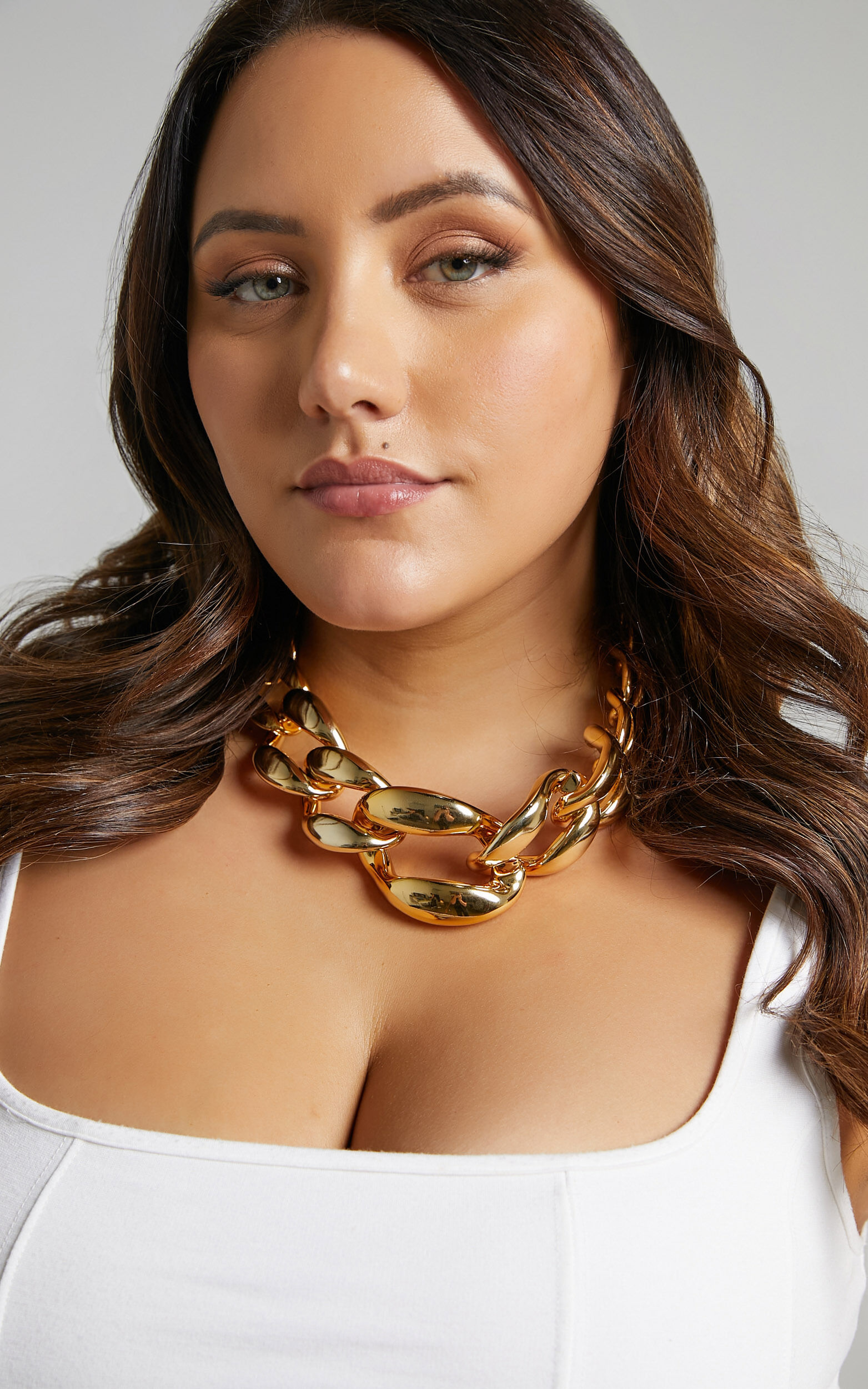 Alicha Necklace in Gold, GLD1, super-hi-res image number null