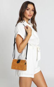Summer Days Straw Bag In Tan