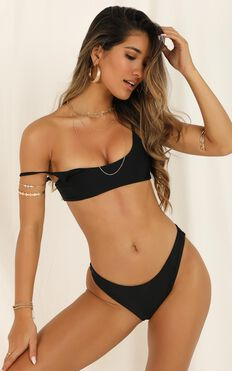 Emery Bikini Top In Black