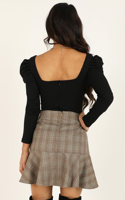Get Moving Skirt in chocolate check - 20 (XXXXL), Brown, hi-res image number null