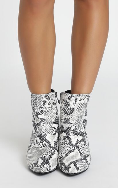 Therapy - Sidney Boots in snake - 10, Black, hi-res image number null