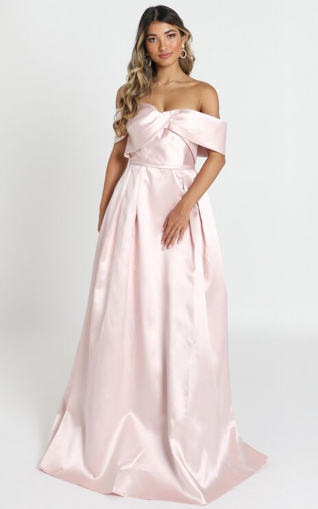 Alfreda Maxi Dress In Blush Satin