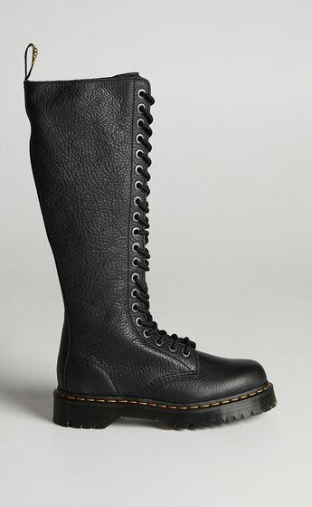 Dr. Martens - 1B60 Bex 20 Eye Zip Boot in Black Pisa