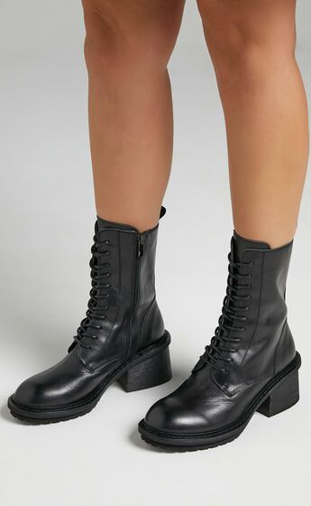 Alias Mae - Mya Boots in Black Burnished
