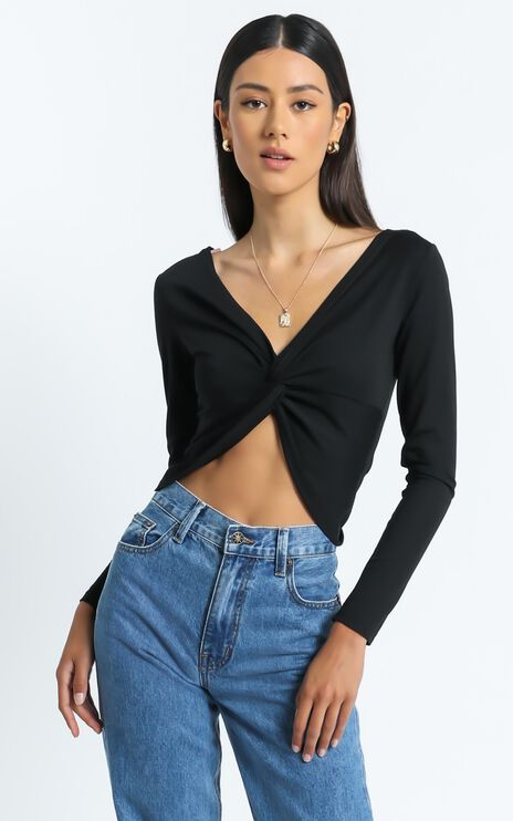 Edrei Top in Black