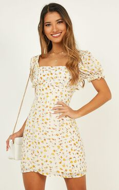 Feel Your Halo Dress In Yellow Floral