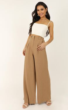 World Is On Fire Pants In Beige Linen Look