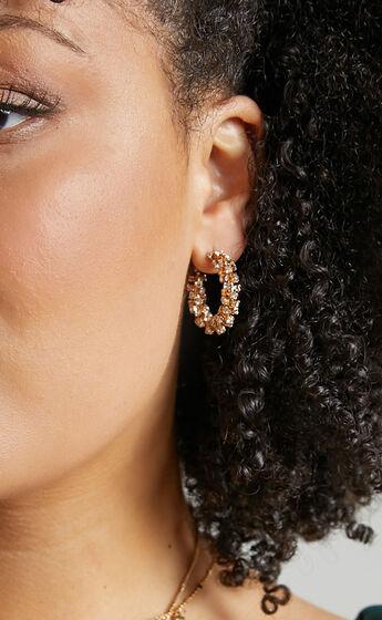 Tots Earrings in Gold
