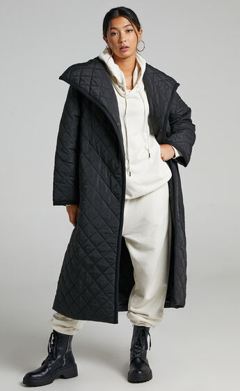 Miley Quilted Coat in Black