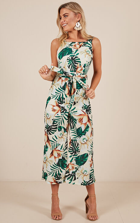 Taking Over Jumpsuit In White Print