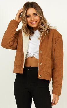 Feeling Extra Jacket In Camel