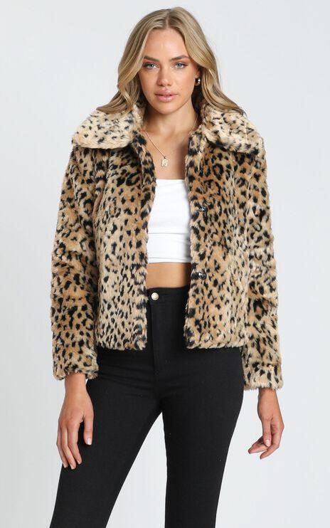 Warm Me Up Faux Fur Jacket in Leopard Print