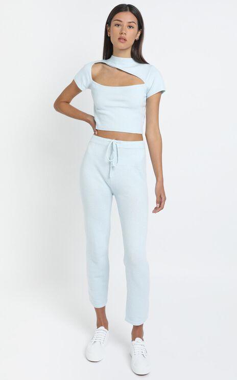 Aleesha Knit Top in Blue
