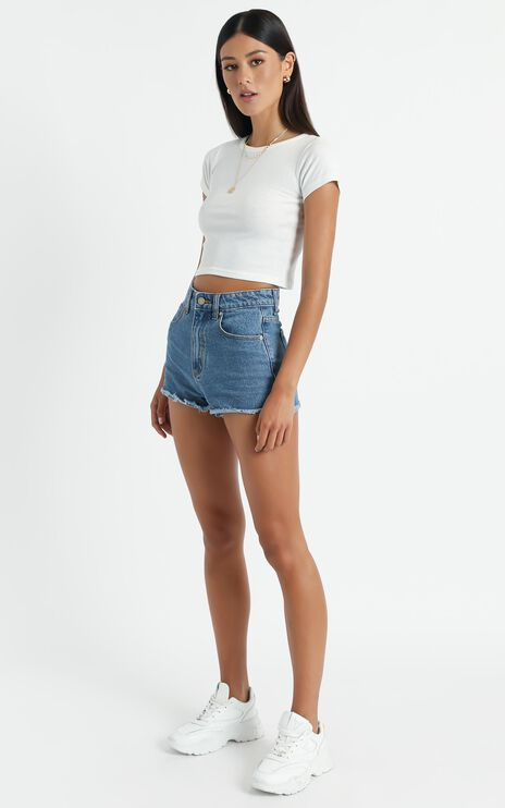 Abrand - A High Relaxed Denim Short in Macarena