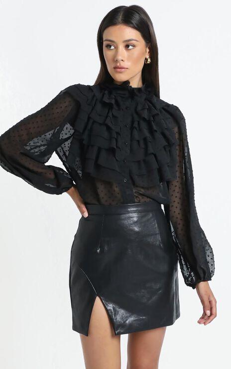 Ayda Top in Black