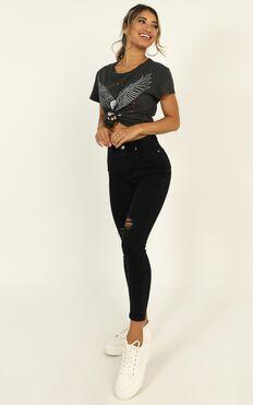 Tammy Skinny Jeans In Black Denim
