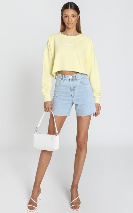 Abrand - A Oversized Cropped Sweater in Citron