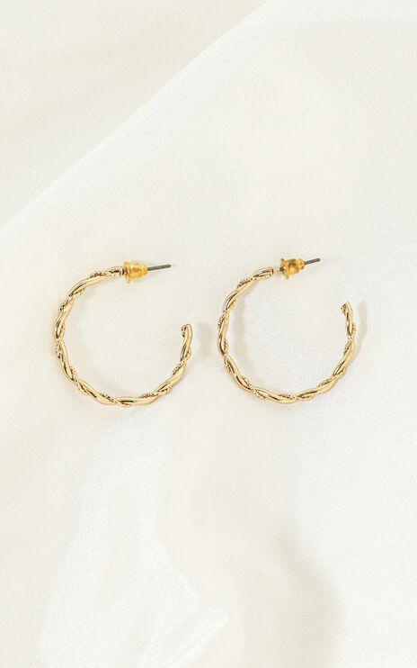 Indigo Twist Hoop Earrings In Gold