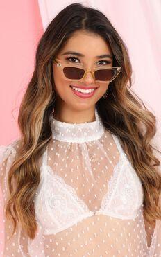 Go Unnoticed Sunglasses In Champagne
