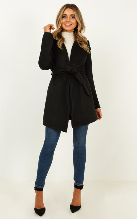 Speaking Softly Coat In Black