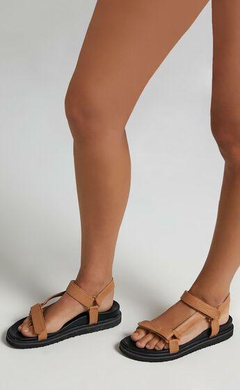 Billini - Zak Sandals in Sugar Brown