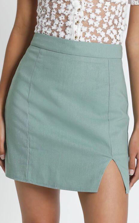 International Babe Skirt in Sage Linen Look