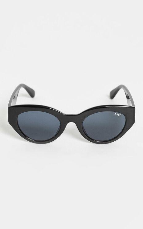 Roc - Hibiscus Sunglasses in Black