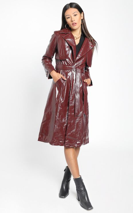 Unsolved Mystery Trench Coat in aubergine