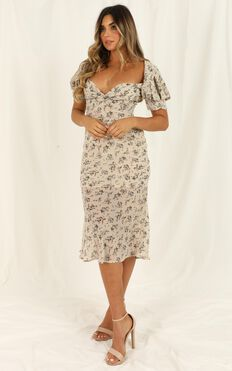 Hold Her Close Dress In Cream Floral