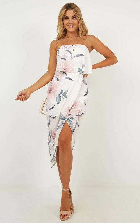 All Things Pretty Dress In White Floral