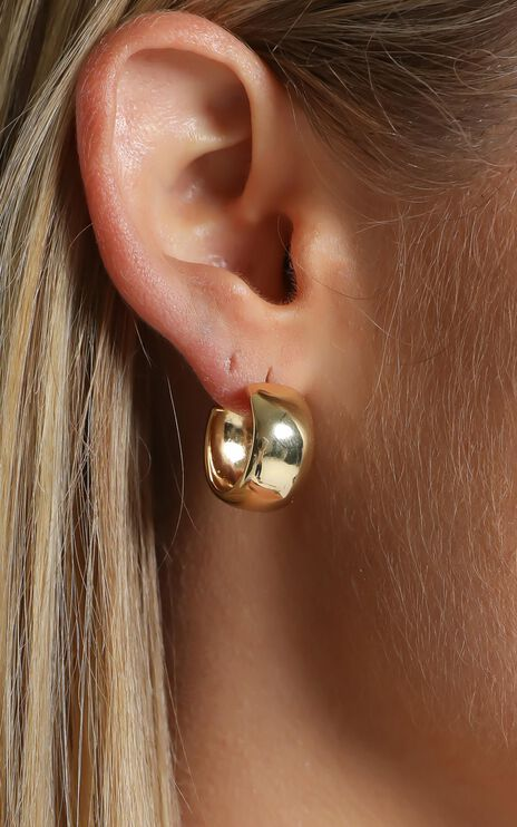 Minc Collections - Staple Hoop Earrings in Gold