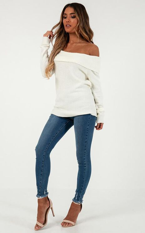 Absolutely Everybody Knit Jumper In White