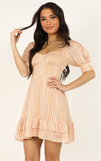 True as it can be dress  in peach- 20 (XXXXL), Orange, hi-res image number null