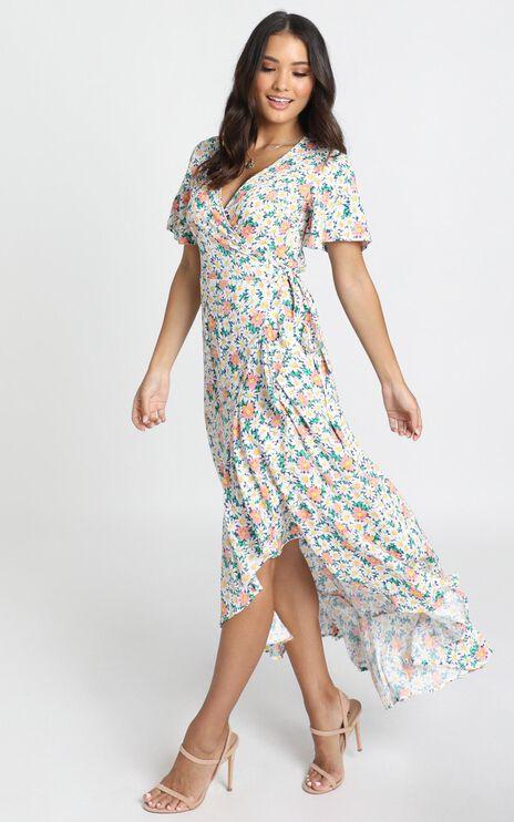 Lavish Life Dress In Multi Floral