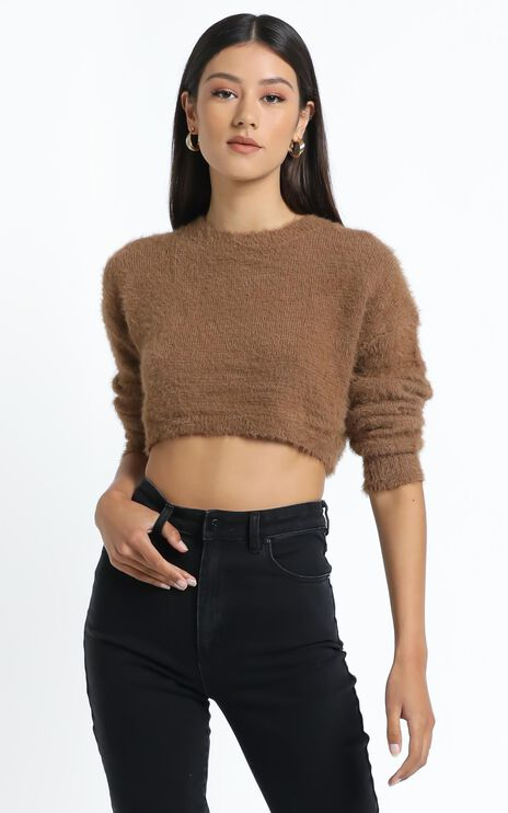Dylan Knit Jumper in Brown