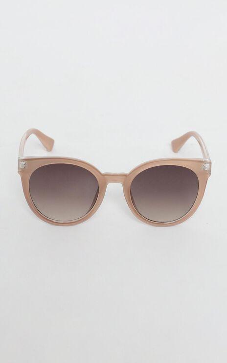 Mink Pink - Sierra Sunglasses In Sand And Brown Grad