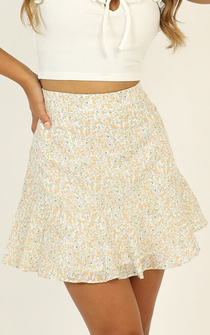 Marilena Ruffle Skirt in yellow floral - 12 (L), Yellow, hi-res image number null