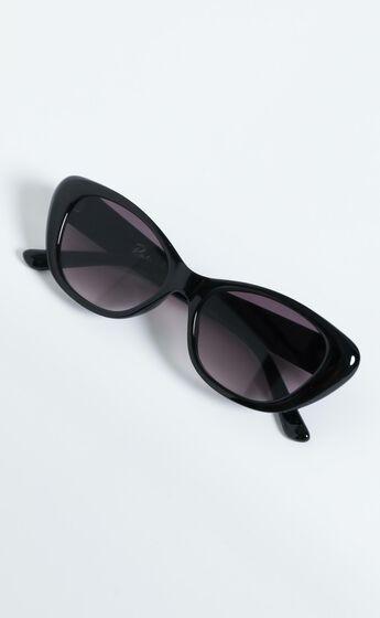 Reality Eyewear - Sloane Ranger Sunglasses in Black