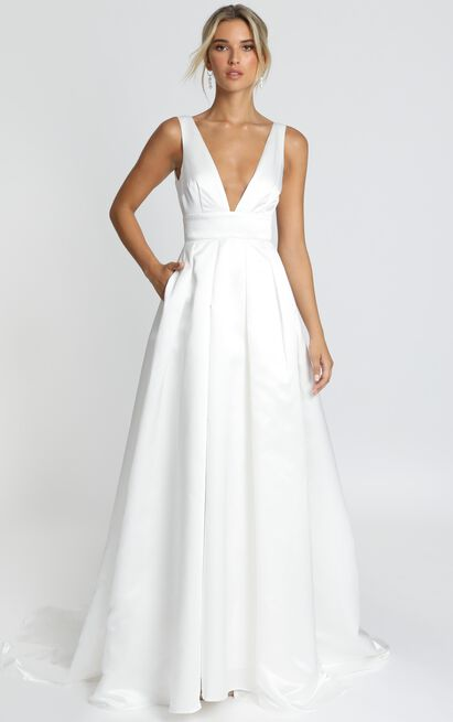 Eyes Of The Beholder Gown in white - 14 (XL), White, hi-res image number null