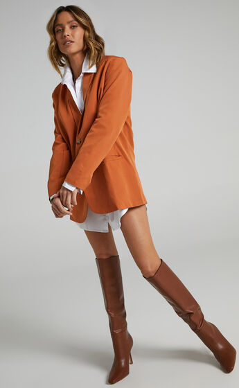 Miss Universe Blazer in Warm Camel