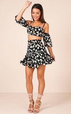 Seek Me Out Skirt In Black Floral
