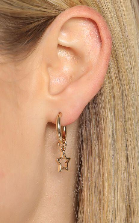Bonnie Earrings in Gold