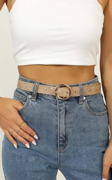 Smooth It Out Belt In Nude Croc