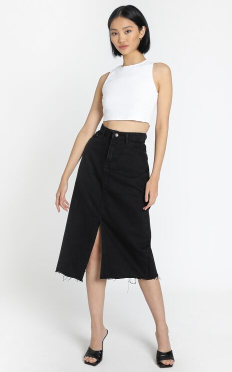 Lioness - Cant Be Tamed Midi Skirt in Black