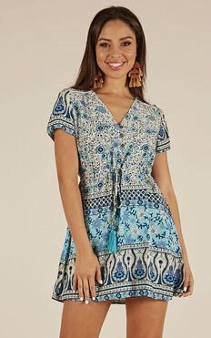 Electric Daisy Dress In Blue Print
