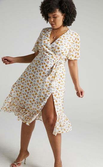 Conquer Today Dress in Mustard Floral