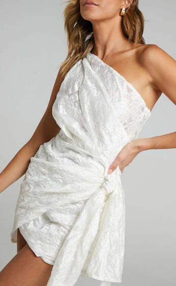 Brailey Dress in White Floral