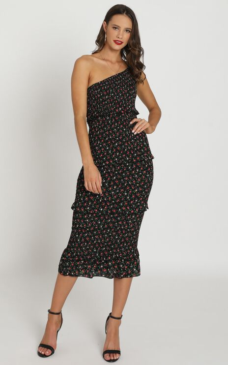 Little More Attention Dress in Black Floral